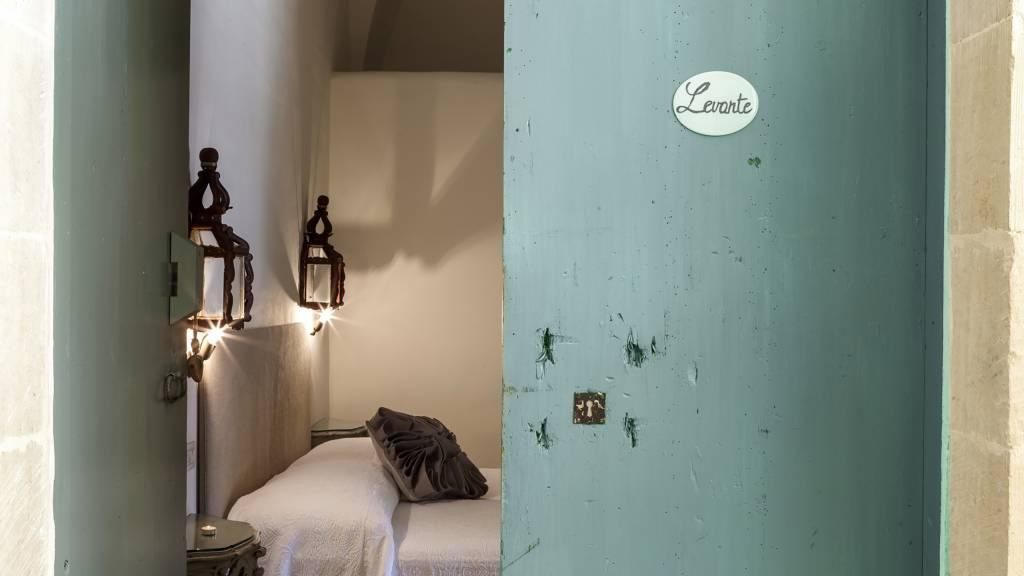 030Palazzo--Siena--Lecce